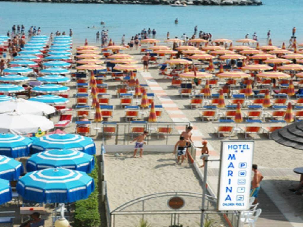 Hotel marina gatteo mare albergo con piscina sul mare - Albergo con piscina in camera ...